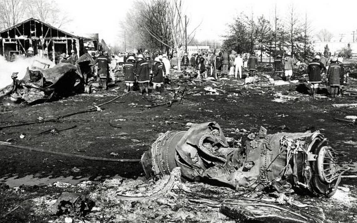 Crash of a Boeing KC-135A-BN Stratotanker in Wichita: 30