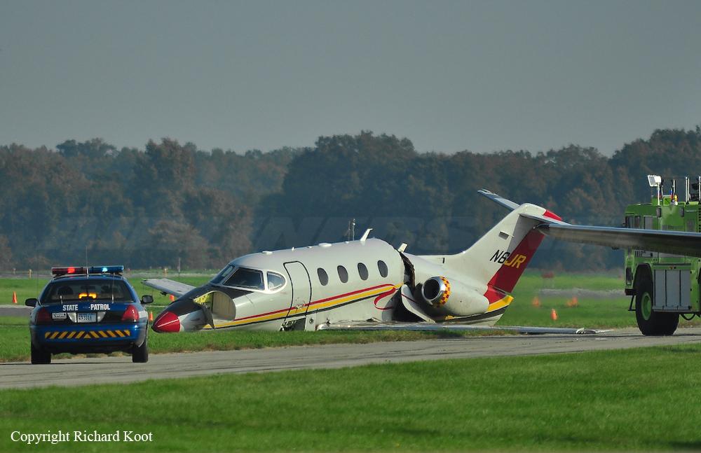 Crash of a Raytheon 390 Premier I in Oshkosh | Bureau of