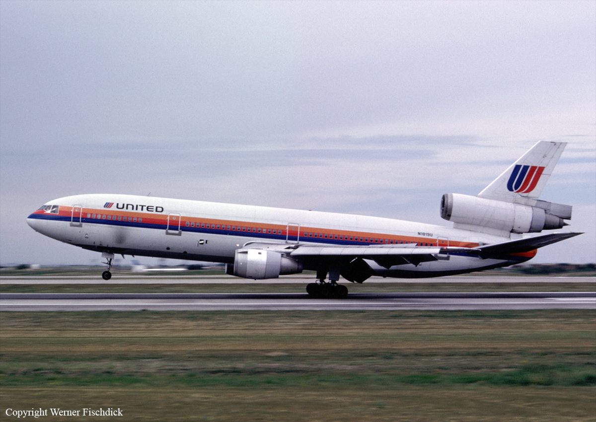 Crash Of A Douglas Dc 10 In Sioux City 111 Killed