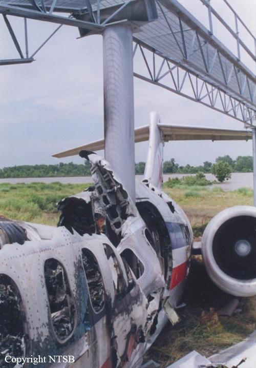 Crash Of A Mcdonnell Douglas Md 82 In Little Rock 11