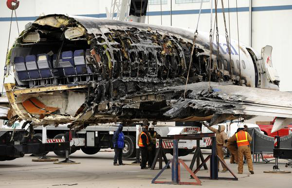 Crash Of A Boeing 737 500 In Denver Bureau Of Aircraft