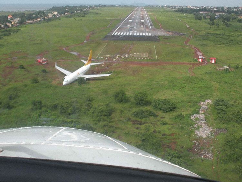 Crash Of A Boeing 737 700 In Conakry Bureau Of Aircraft