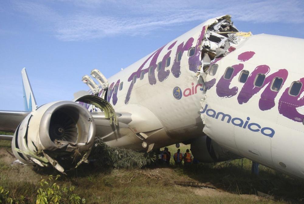 Crash of a Boeing 737-8BK in Georgetown   Bureau of Aircraft