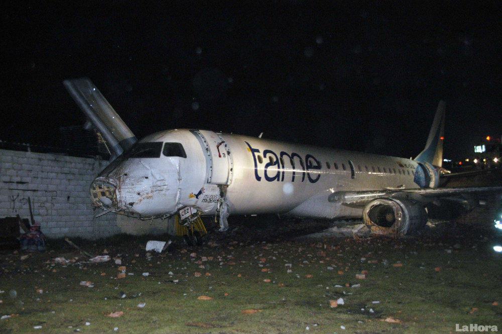Crash Of An Embraer Erj 190 In Quito Bureau Of Aircraft