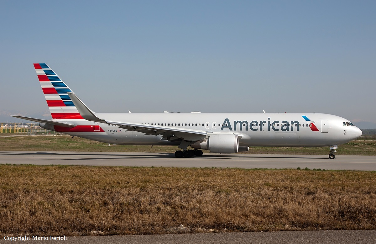 Crash of a Boeing 767-323ER in Chicago | Bureau of Aircraft