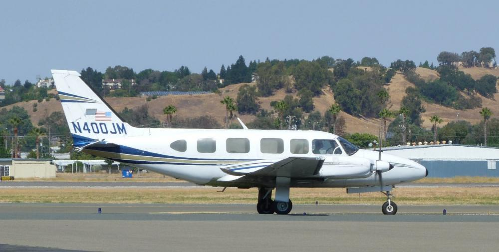 Crash of a Piper PA-31-350 Navajo Chieftain in Madeira: 1