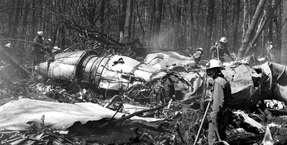 Crash of an Ilyushin II-62 in Warsaw: 183 killed   Bureau of