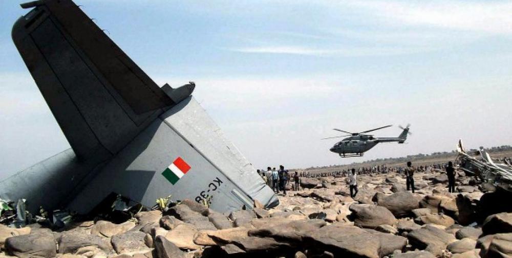 Crash Of A Lockheed C 130j Hercules Near Gwalior 5 Killed